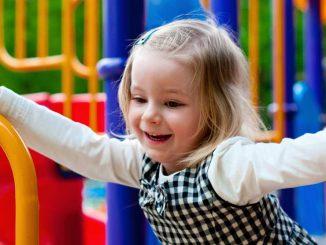 Co má dítě umět ve třech letech