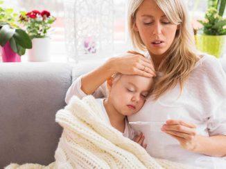 Co dělat při horečce dítěte