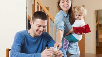 Jak ušetřit na mateřské