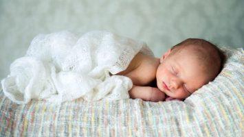 Jak naučit dítě, aby spalo celou noc