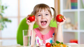 Jak naučit dítě jíst zdravě