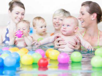 plavání s miminky, plavání kojenců