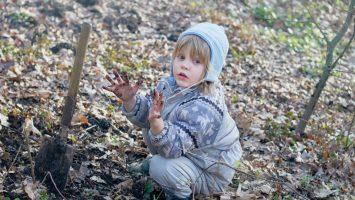 Proč jsou bakterie v hlíně prospěšné pro naše děti