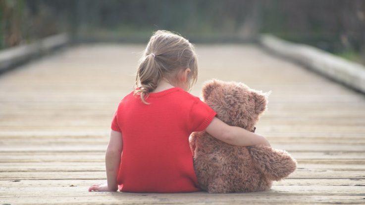 dítě nemá žádné kamarády