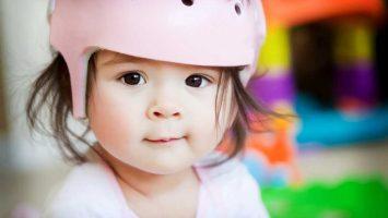 Ortopedická helma na tvarování hlavičky miminka