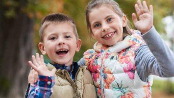 Jak naučit děti zdravit