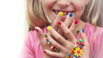 škodlivé látky v lacích na nehty, laky na nehty pro děti