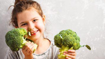 dítě veganských rodičů