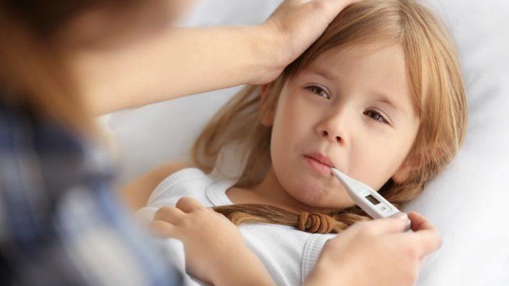 Kdy začít srážet horečku u kojence