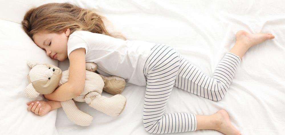 Jak dlouho má spát dítě