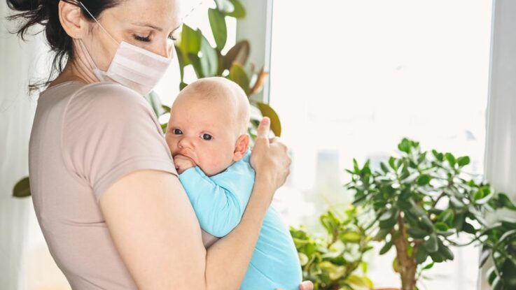 péče o novorozence v době koronavirové pandemie