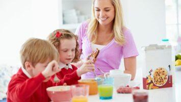 Klidná snídaně a ráno s dětmi