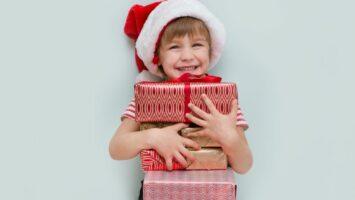 Kolik dárků pro dítě k Vánocům