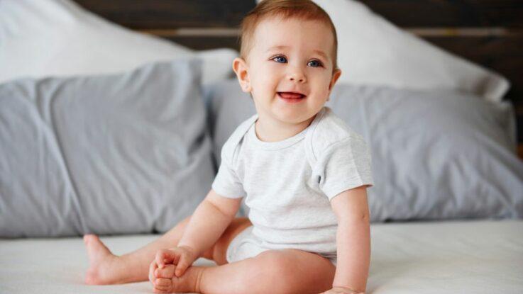 Jak naučit miminko sedět